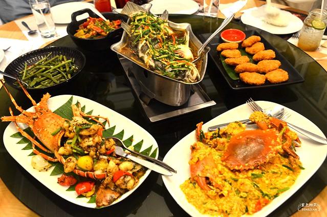 泰國曼谷▋savoey 餐廳飄香數十年,濃郁香滑的咖哩螃蟹讓人想到就流口水 @紫色微笑 Ben&Jean 饗樂生活